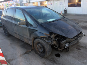 Ford S-max после ДТП